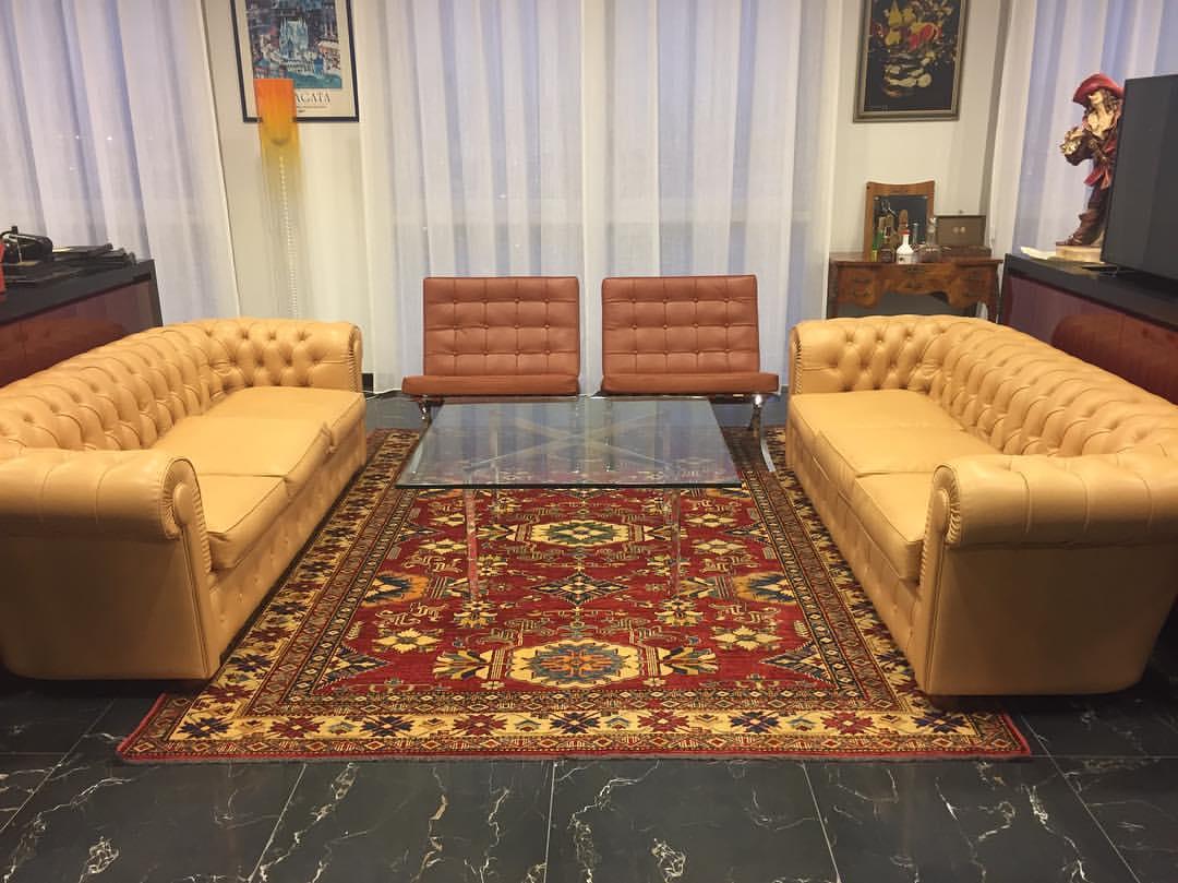 Dimensioni Tappeto Davanti Al Divano disporre i tappeti in casa:idee per tutte le stanze